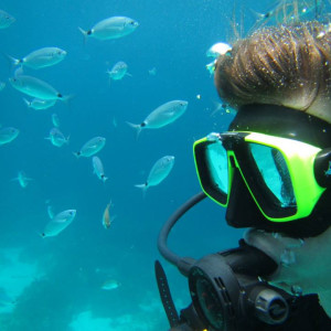 Tess during her Divemaster internship at Bezz Diving