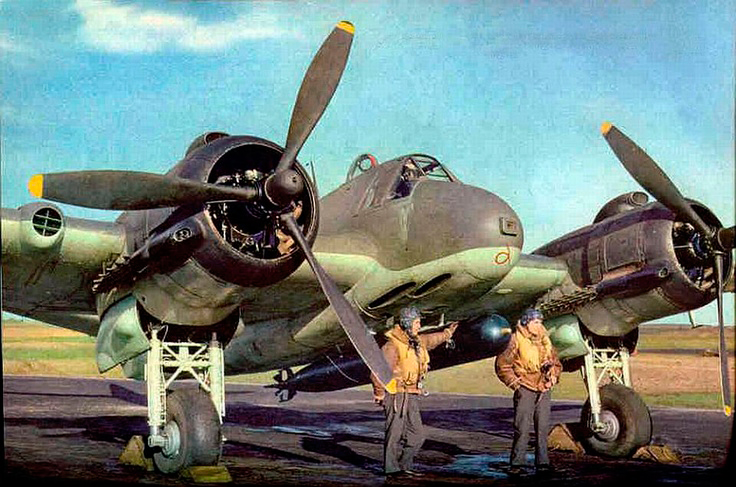 bristol-beaufighter-pilots